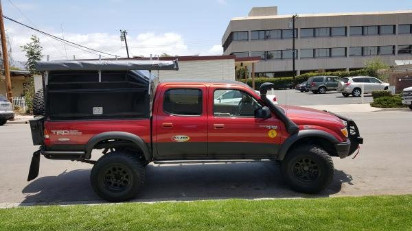 Showcase cover image for Toyota Tacoma Double Cab 4x4 TRD