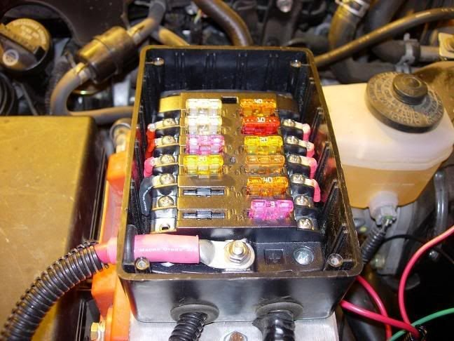2006 Taco Dual Battery and AUX Fuse Block | TTORA Forum Above The Battery Fuse Box on